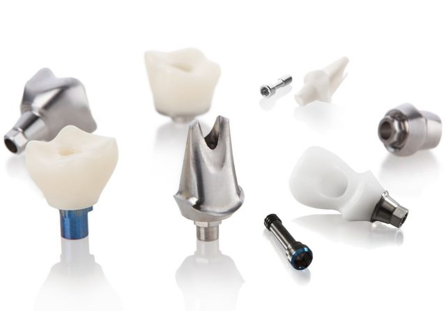 Final abutments and screw-retained crowns